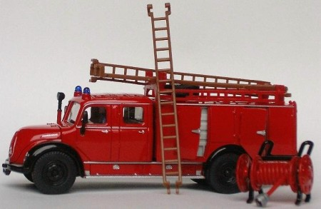 Fire engine - recycling for kids - daily green post